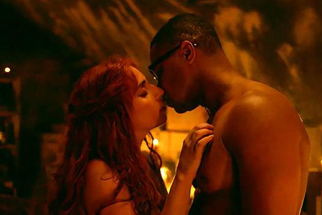 Lady Gaga y Cuba Gooding Jr. en 'American Horror Story: Ronaoke'
