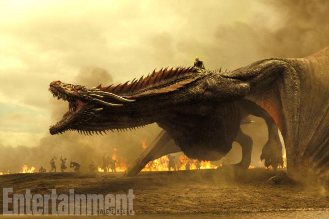 Daenerys montando su impresionante dragón