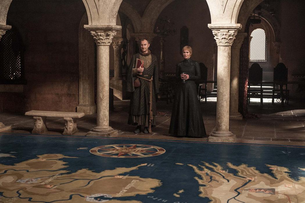 Cersei y Qyburn traman algo