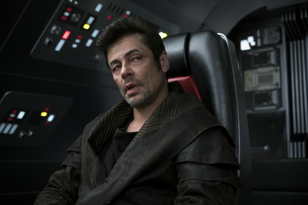 ¿Es el personaje de Benicio del Toro el hijo de Boba Fett?