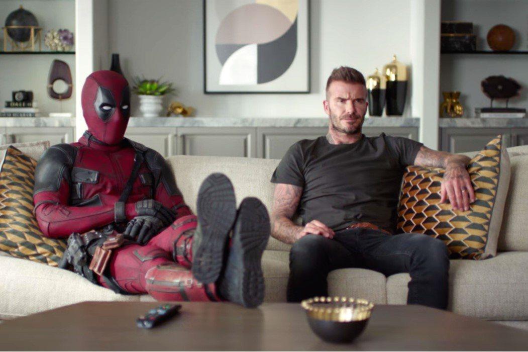 Pidiendo disculpas como solo Deadpool sabe hacerlo